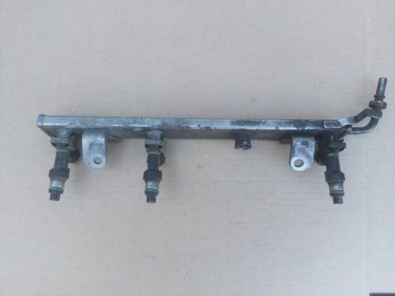 Топливная рампа Renault Megane 3 2010 (б/у)