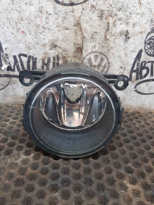 Фара противотуманная Renault Logan 2 K7MA812 2014 передняя правая (б/у)