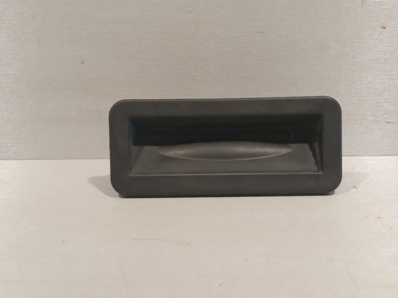 Кнопка открывания багажника Geely Atlas JLD-4G24 2020 задняя (б/у)