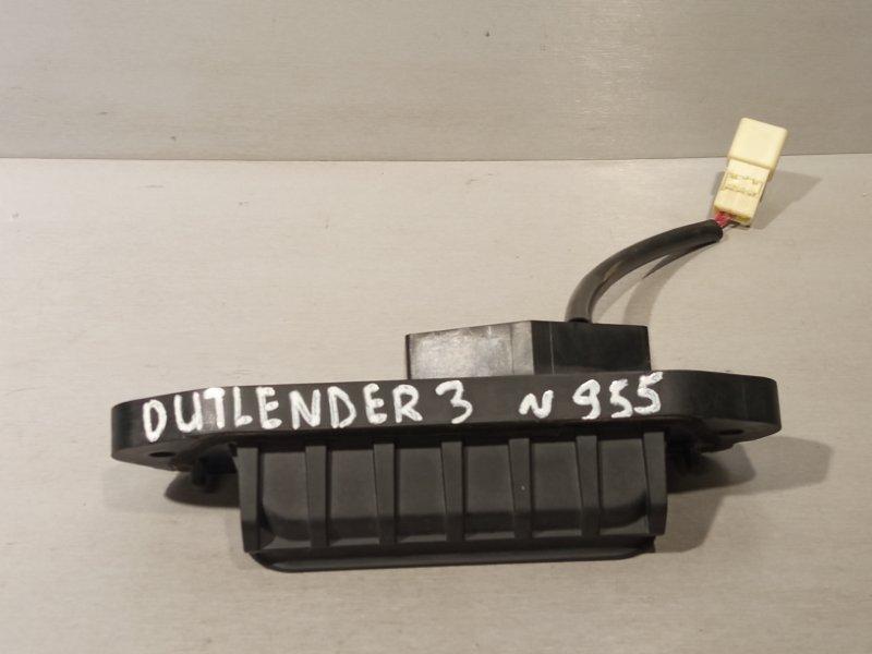 Кнопка открывания багажника Mitsubishi Outlander 3 4B11 2013 (б/у)