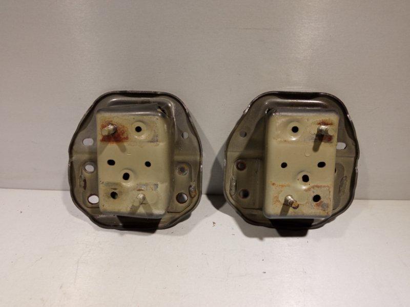 Кронштейн усилителя бампера Nissan Juke HR16 2011 задний (б/у)
