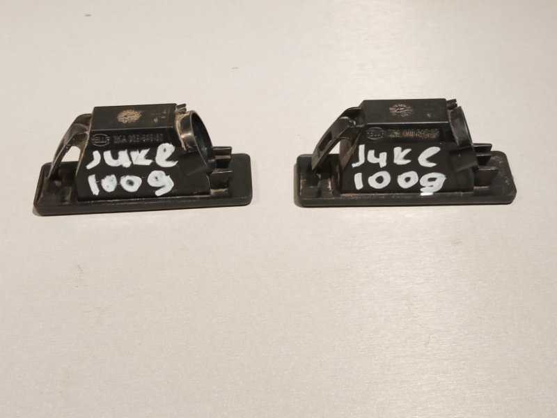 Плафон Nissan Juke HR16 2011 задний (б/у)