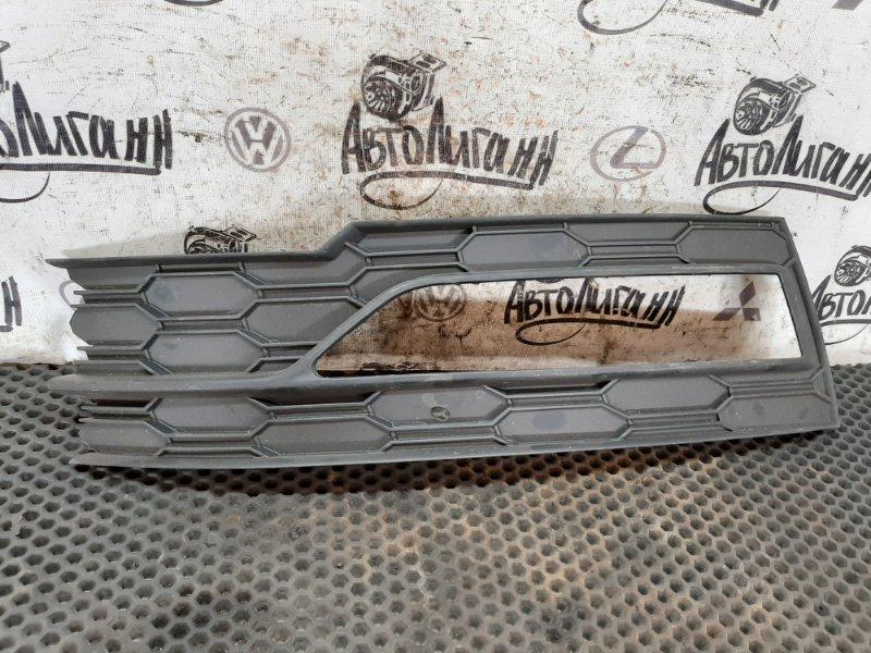 Накладка противотуманной фары Skoda Octavia A7 передняя левая (б/у)