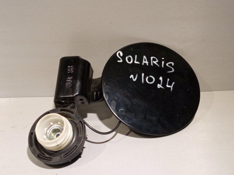 Лючок бензобака Hyundai Solaris СЕДАН G4FC 2011 (б/у)