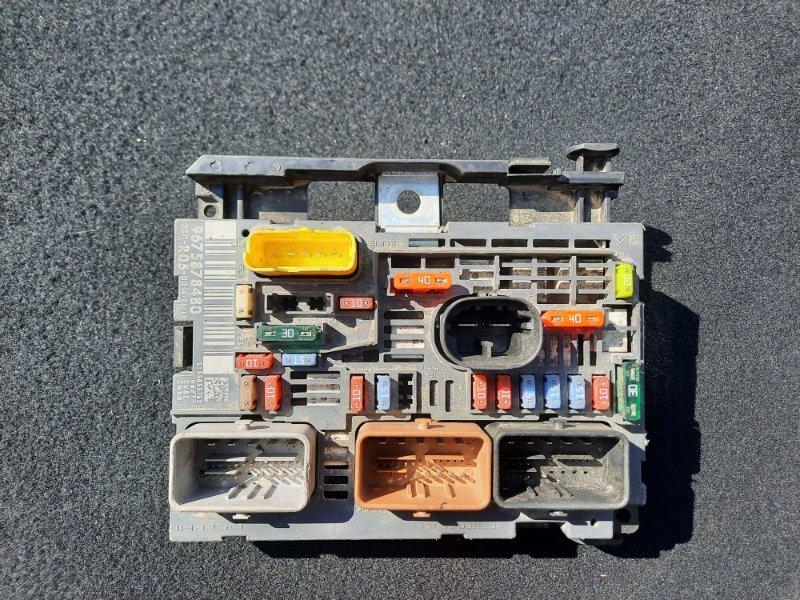 Блок предохранителей Peugeot 308 (б/у)