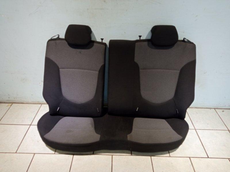 Сиденье Hyundai Solaris СЕДАН G4FC 2011 заднее (б/у)