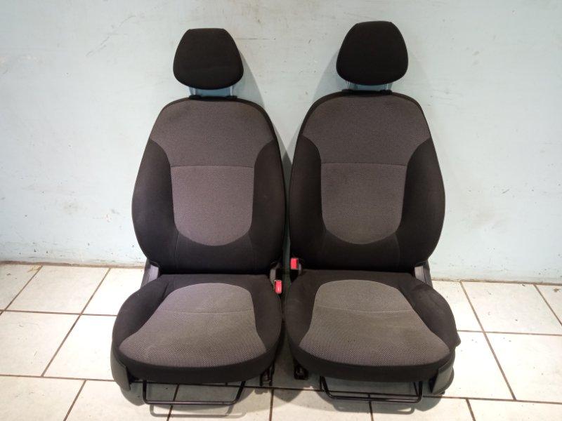 Сиденье Hyundai Solaris СЕДАН G4FC 2011 переднее (б/у)