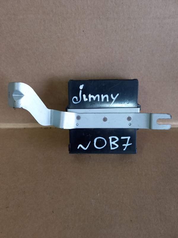 Блок управления раздаткой Suzuki Jimny (б/у)
