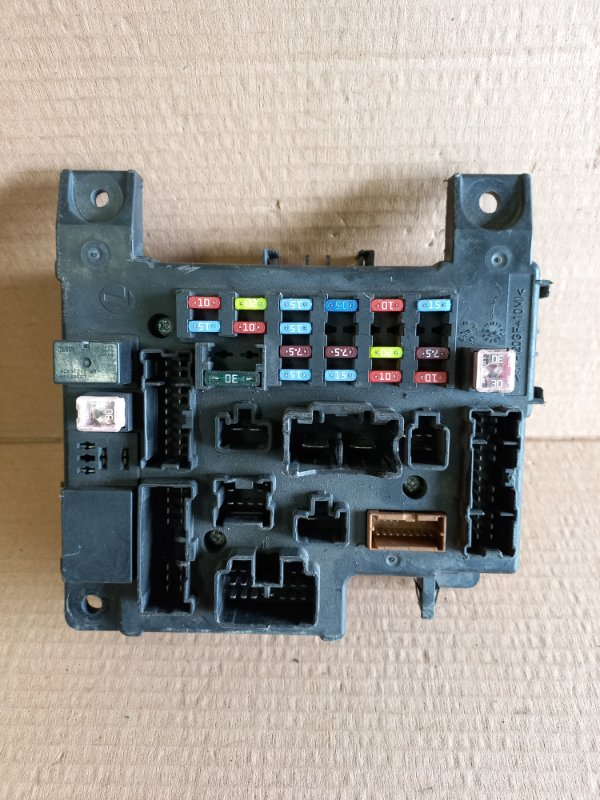Блок предохранителей Mitsubishi Lancer 10 2007 (б/у)