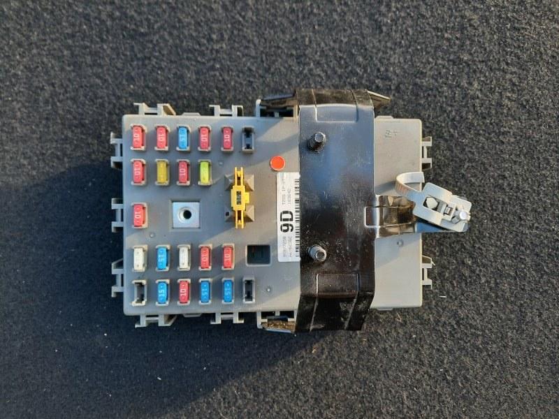 Блок предохранителей Chevrolet Aveo T 250 (б/у)