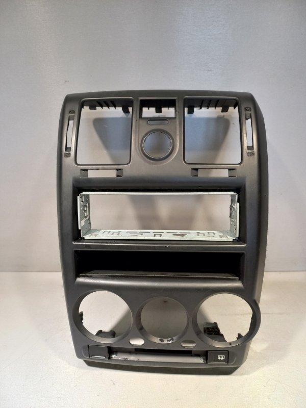 Рамка магнитолы Hyundai Getz G4HG 2007 (б/у)