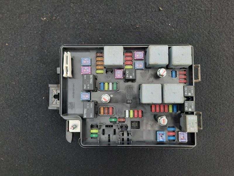 Блок предохранителей Chevrolet Aveo T300 (б/у)