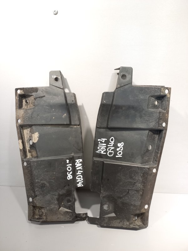 Дефлектор радиатора Toyota Rav 4 Ca 40 2AR-FE 2016 (б/у)