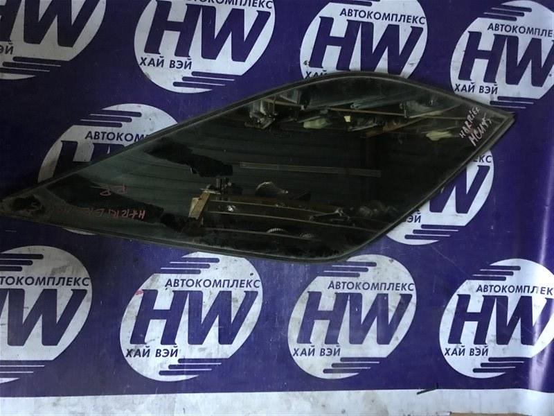 Стекло собачника Toyota Harrier MCU15 1MZ 1998 заднее правое (б/у)