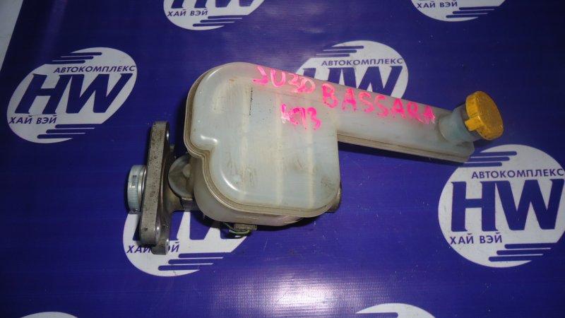 Главный тормозной цилиндр Nissan Bassara JU30 KA24 (б/у)