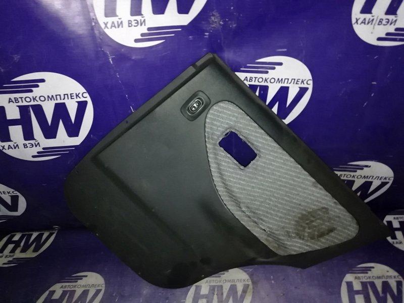 Обшивка двери Nissan Wingroad WFY10 GA15DE задняя правая (б/у)