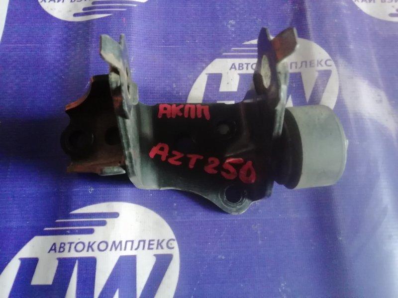 Крепление подушки двс Toyota Avensis AZT250 1AZ левое (б/у)