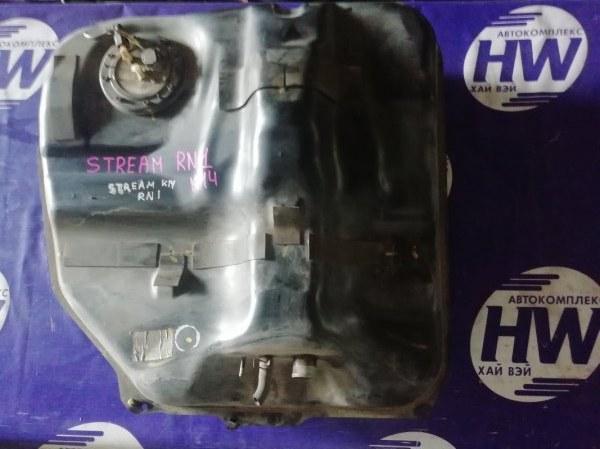 Бензобак Honda Stream RN1 D17A (б/у)