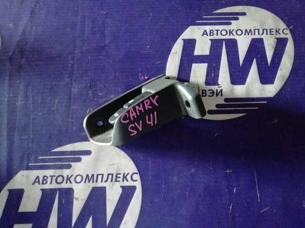 Ручка открытия багажника Toyota Camry SV41 3S (б/у)