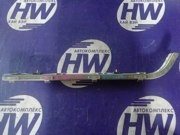 Полозья для сдвижной двери Nissan Liberty RM12 QR20 2003 правая (б/у)