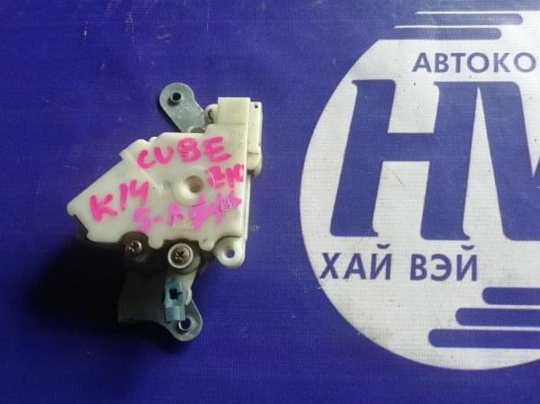Активатор 5-ой двери Nissan Cube AZ10 CGA3 2001 (б/у)