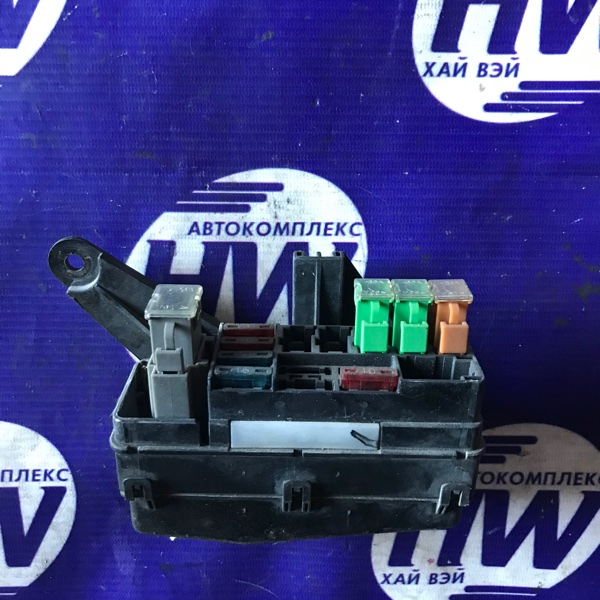 Блок предохранителей Nissan Avenir VEW10 GA16DS (б/у)