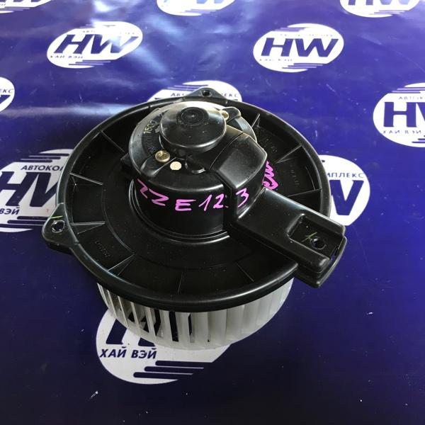 Мотор печки Toyota Corolla Fielder ZZE123 2ZZ (б/у)
