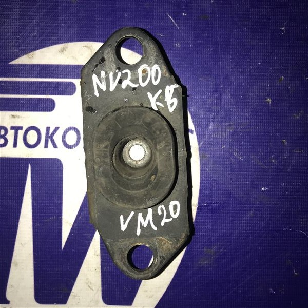 Подушка двс Nissan Nv200 VM20 HR16 левая (б/у)