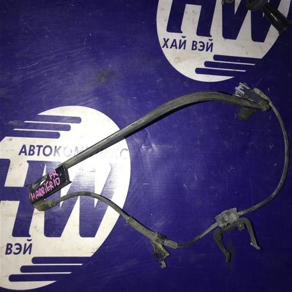 Датчик abs Toyota Harrier MCU10 1MZ передний правый (б/у)