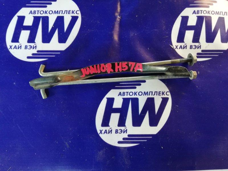 Крепление аккумулятора Mitsubishi Pajero Junior H57A 4A31 1996 (б/у)