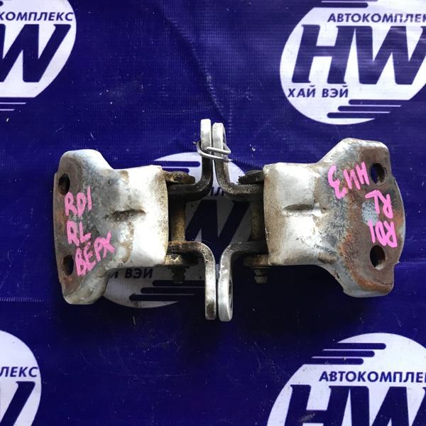 Петля дверная Honda Cr-V RD1 B20B 1997 задняя левая (б/у)
