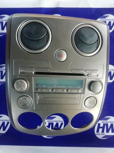 Консоль магнитофона Mazda Verisa DC5W (б/у)