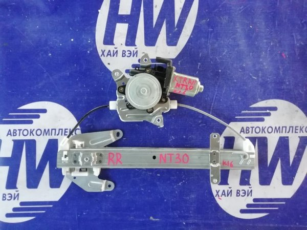 Стеклоподъемник Nissan X-Trail NT30 QR20 2004 задний правый (б/у)