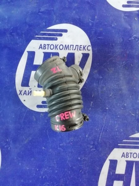 Патрубок воздушного фильтра Mazda Premacy CREW LF (б/у)