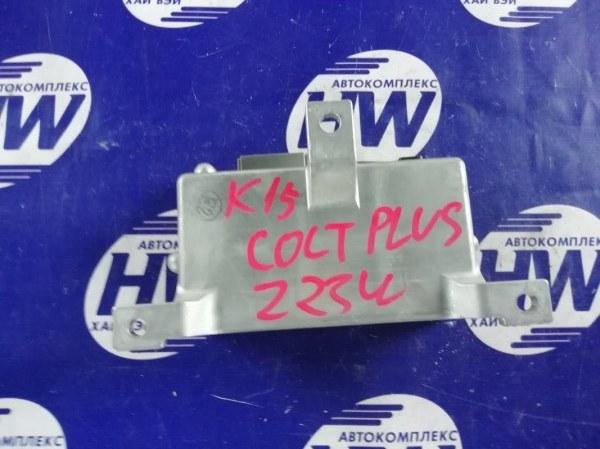 Блок управления рулевой рейкой Mitsubishi Colt Plus Z23W 4A91 (б/у)