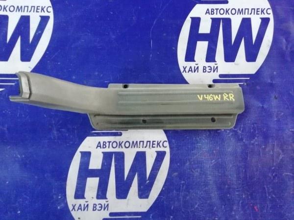 Порожек пластиковый Mitsubishi Pajero V46W 4M40 1996 задний правый (б/у)