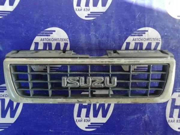 Решетка Isuzu Bighorn UBS25 6VD1 1993 (б/у)