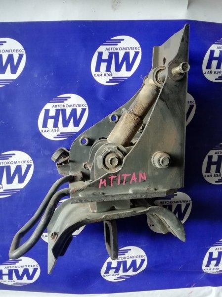 Крепление кабины грузовика Mazda Titan WGFAT HA 1990 (б/у)