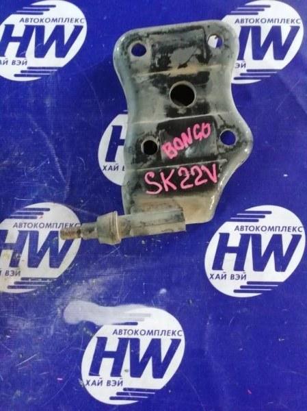 Крепление амортизатора Mazda Bongo SK22V R2 (б/у)