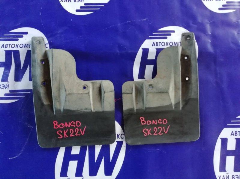 Брызговик Mazda Bongo SK22V R2 передний (б/у)