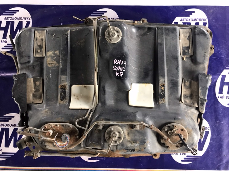 Бензобак Toyota Rav4 SXA10 3SFE (б/у)