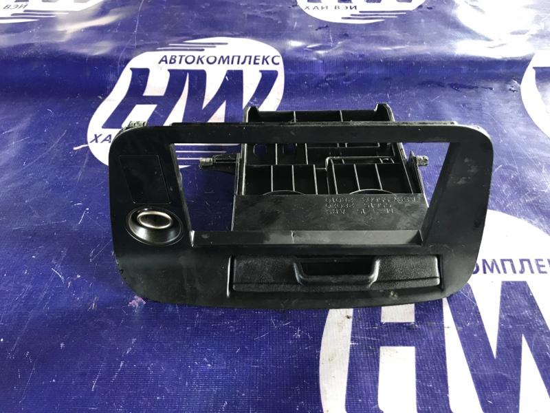 Консоль магнитофона Toyota Lucida TCR20 2TZ (б/у)