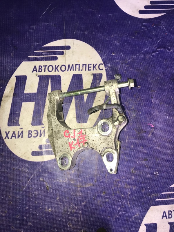 Крепление подушки двс Honda Airwave GJ1 L15A левое (б/у)