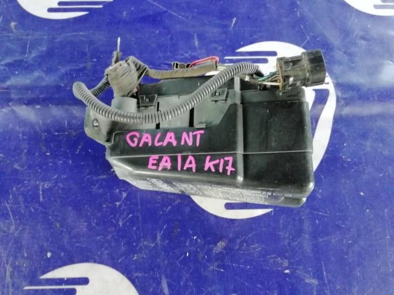 Блок предохранителей Mitsubishi Galant EA1A 4G93 (б/у)