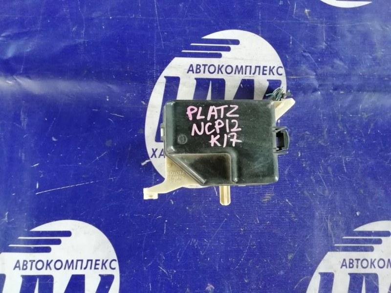 Блок предохранителей Toyota Platz NCP12 1NZ 2000 (б/у)