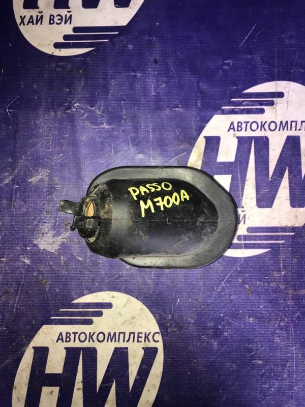 Пыльник рулевой колонки Toyota Passo M700A 1KR 2017 (б/у)