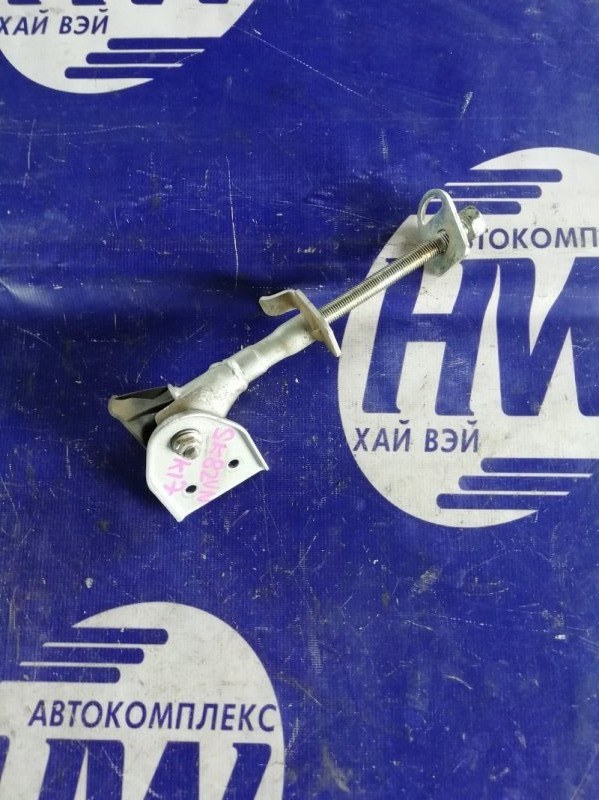 Болт крепления запаски Mazda Bongo SK82VN F8 2001 (б/у)