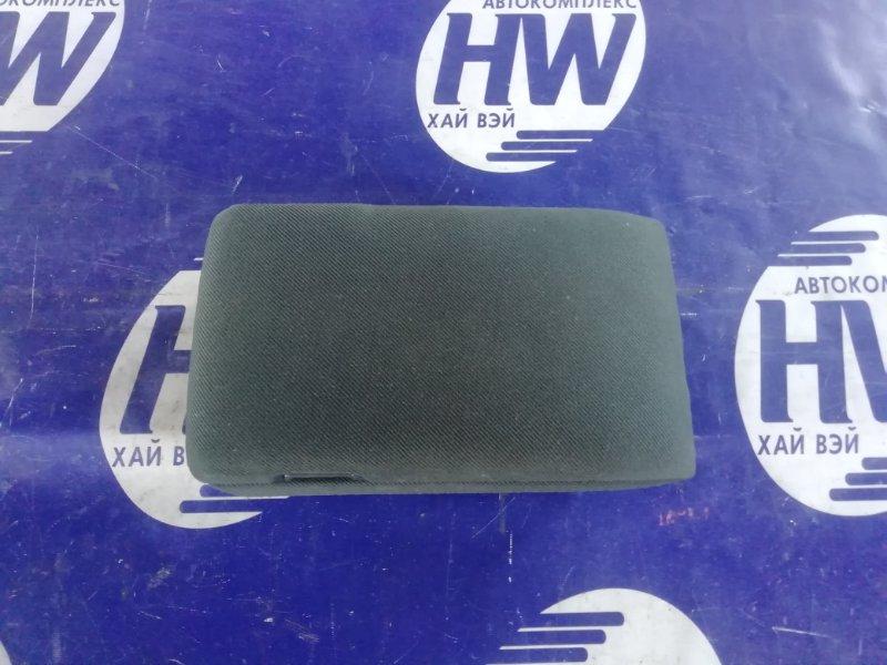 Бардачек между сиденьями Nissan Gloria HY34 VQ30 (б/у)