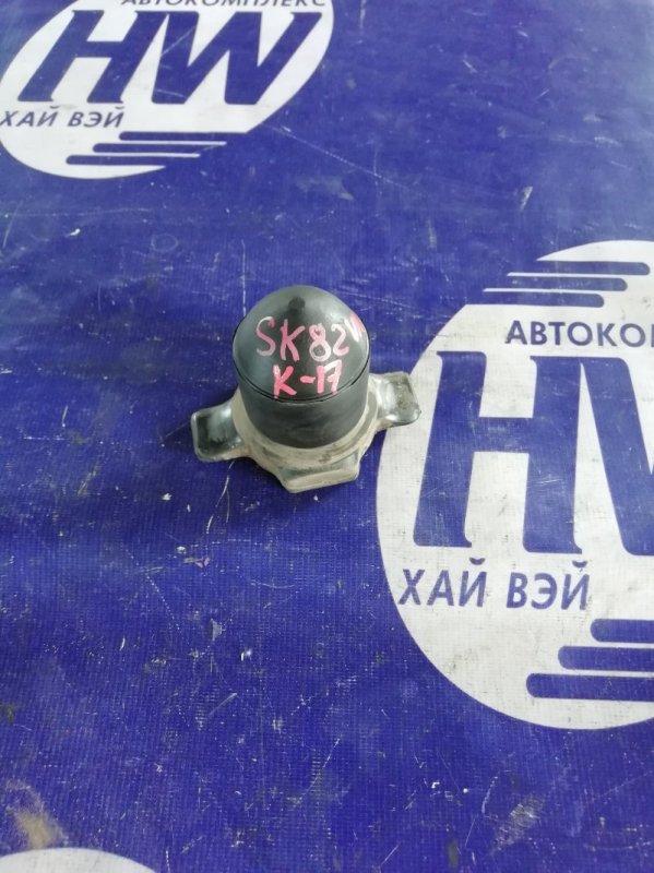 Отбойник Nissan Vanette SK82 F8 задний (б/у)