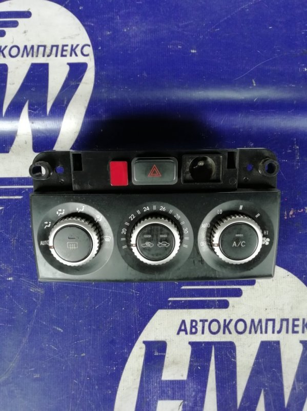 Климат-контроль Toyota Ist NCP61 1NZ (б/у)
